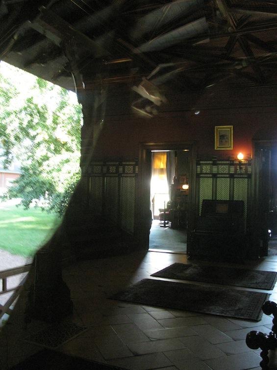 Mark Twain House Foyer