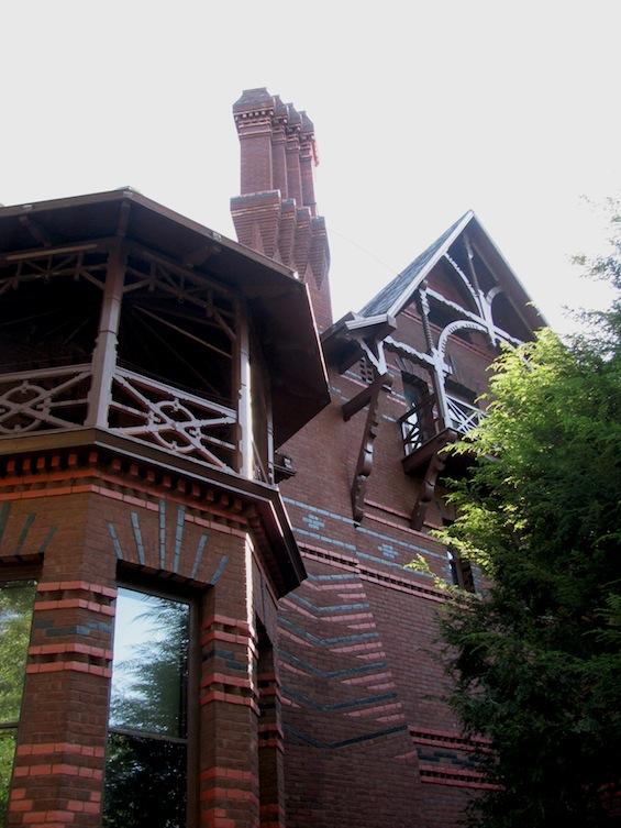 Mark Twain House Side