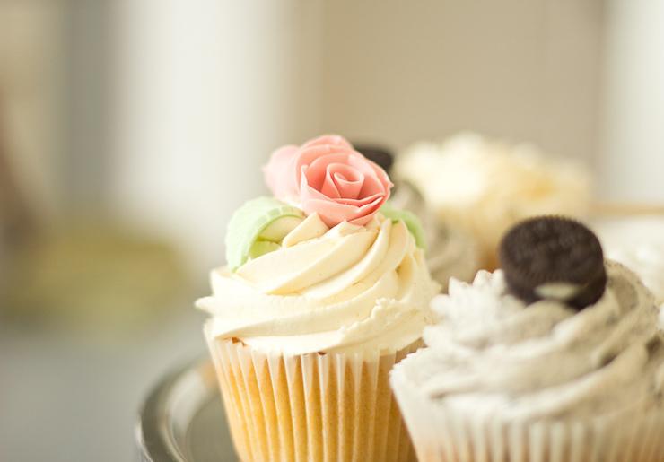 cupcakes-mischief-cafe-claire-burge