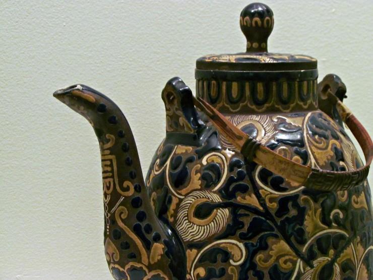 Science & Culture Museum at Michigan State University black teapot