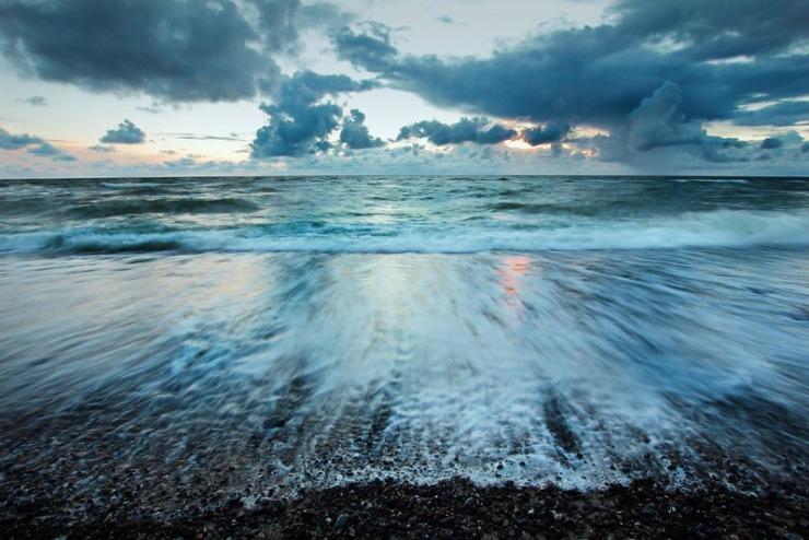Waves rushing on beach Fahrenheit 451