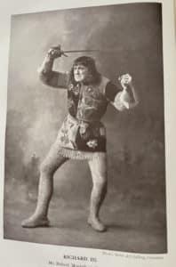 Photo of Robert Mantell playing Richard III Cassell's